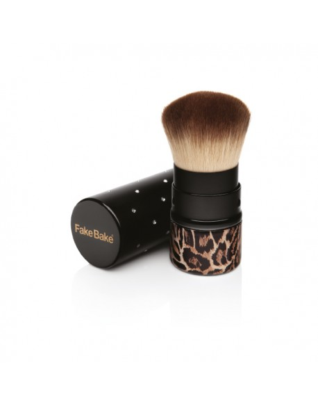 Kabuki Brush - The perfect tool for on the go bronzing